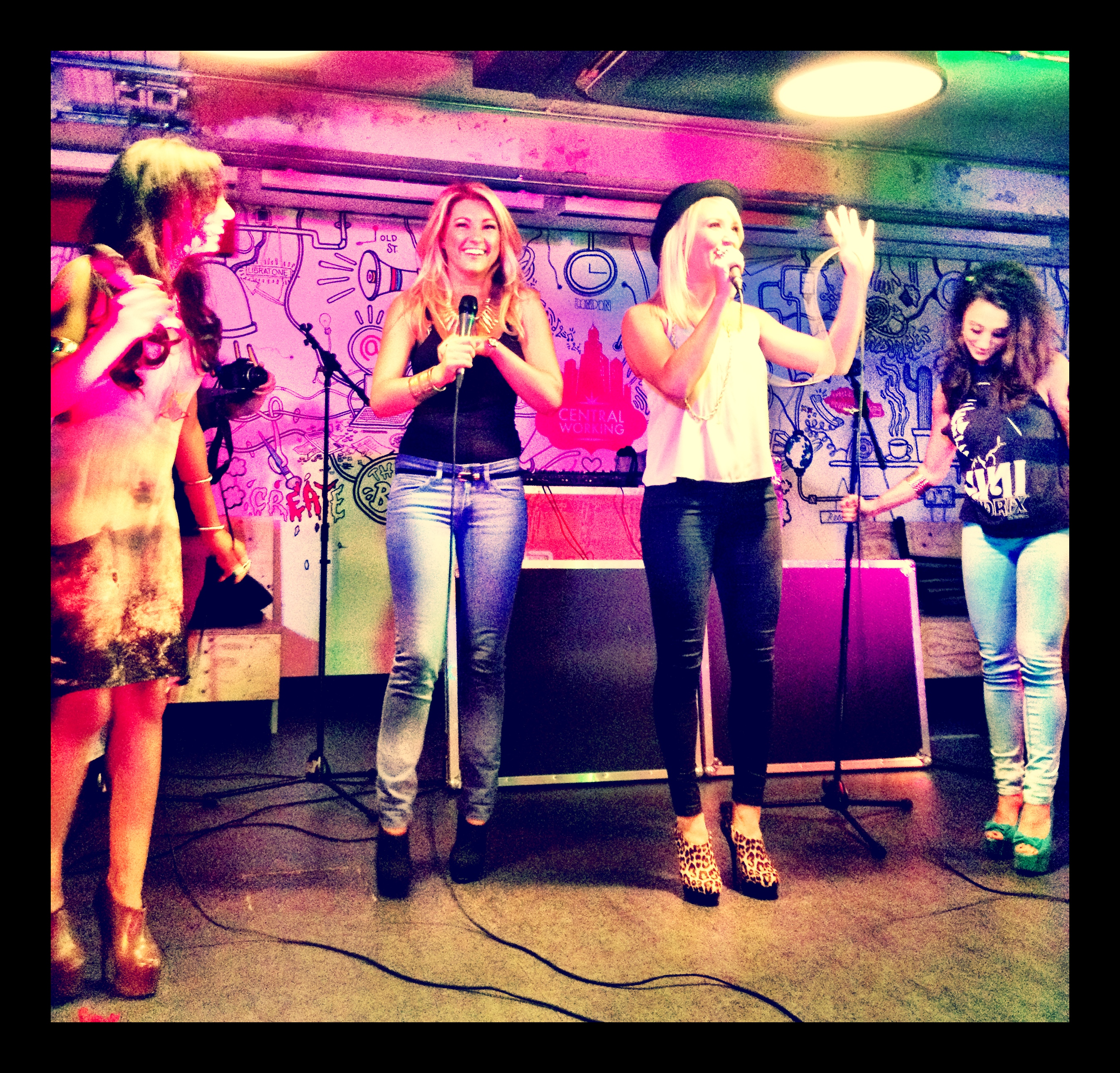Alfee girl band